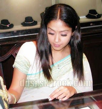jyothika rare unseen surya ad pics 2 0 0 comment posted on monday 20 ...